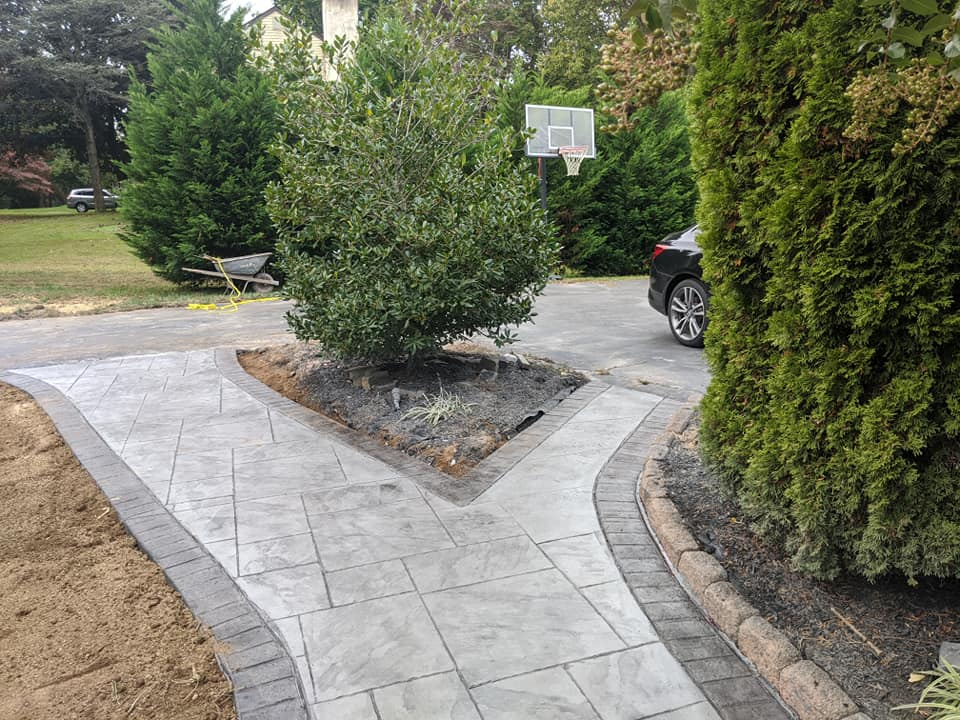 Forked grey drive way