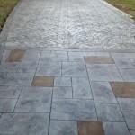 multi-patterned concrete driveway